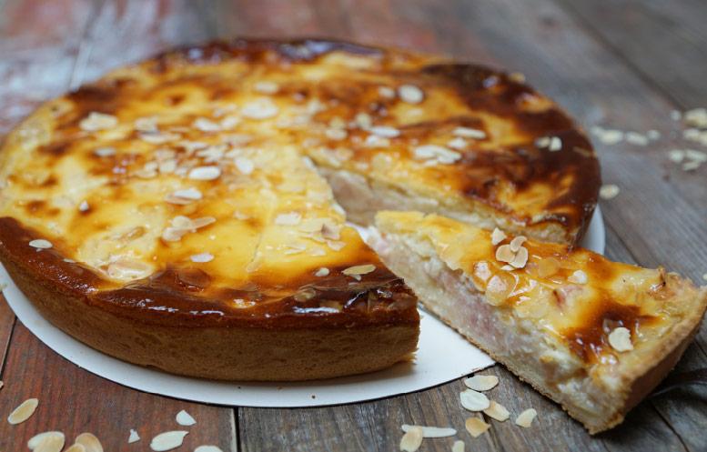 Bild Angebot der Woche: Rhabarberkuchen